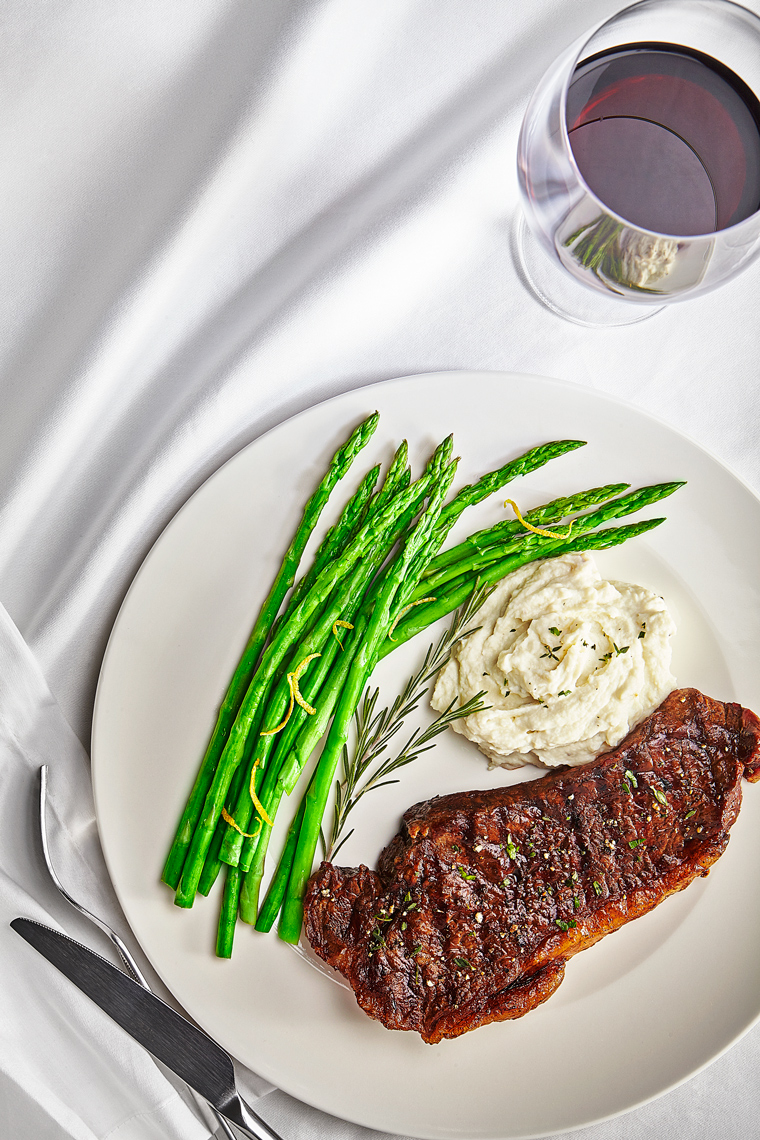 NY-Strip-Steak-Mashed-Potatoes-Asparagus